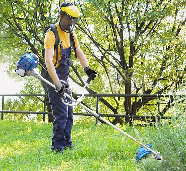 How to Use a Brush Cutter Safely