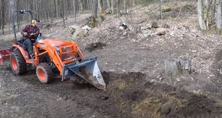 Differences Between Stump Grinders and Stump Buckets