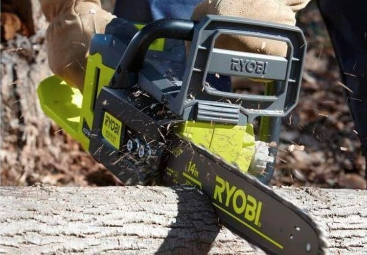 How Does the Ryobi 40v Chainsaw Perform